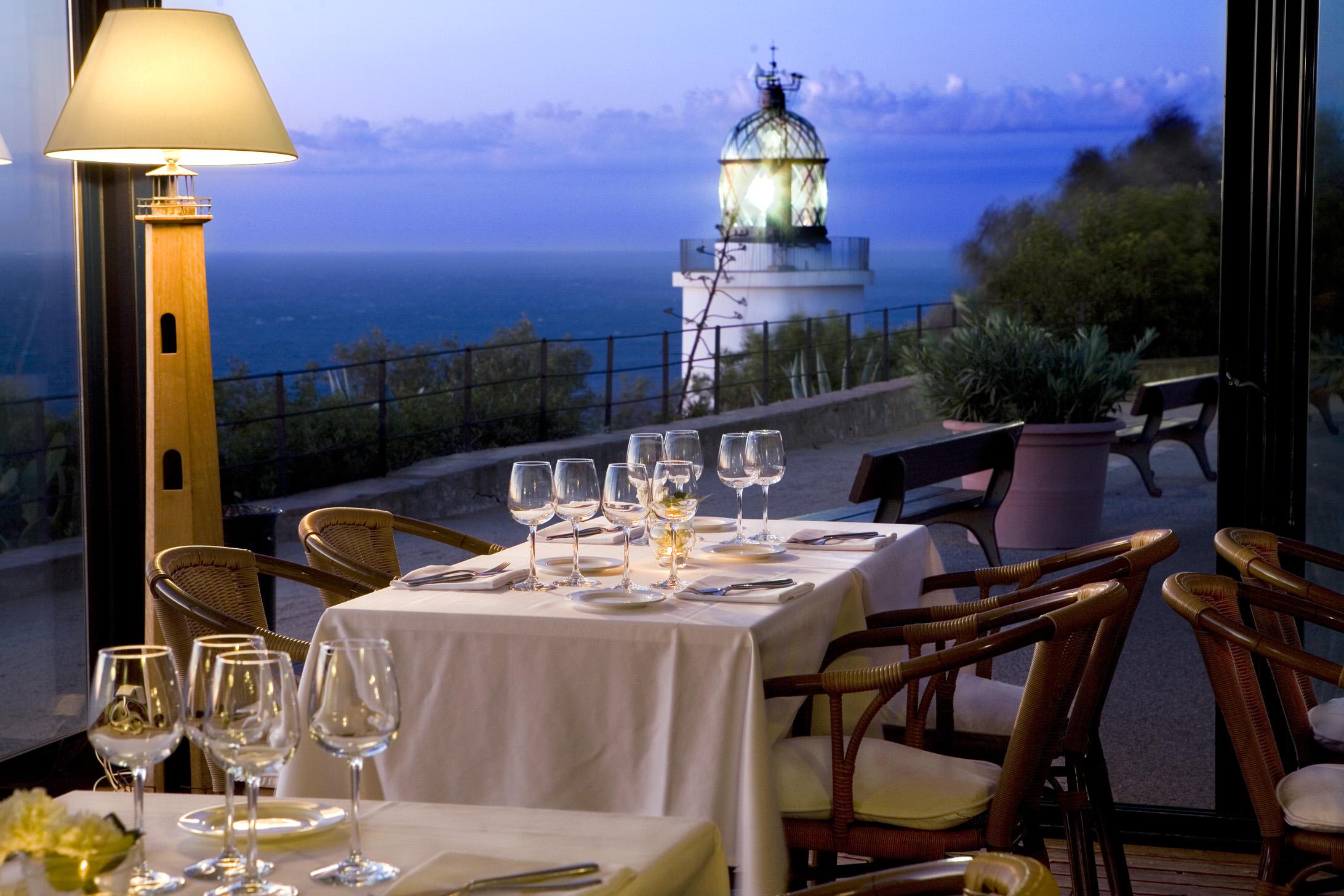 Restaurant El Far noche